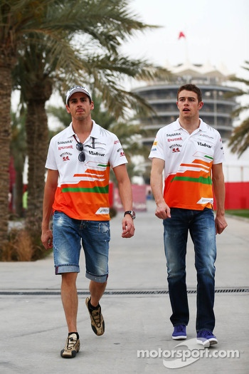 (L to R): Adrian Sutil, Sahara Force India F1 with team mate Paul di Resta, Sahara Force India F1