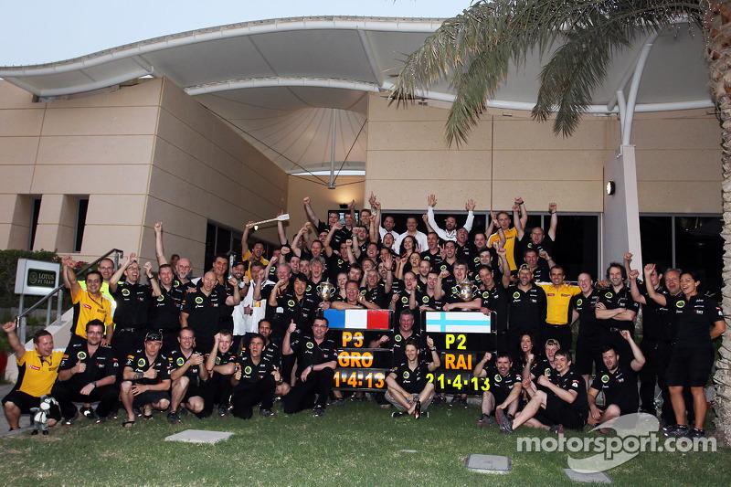 Kimi Raikkonen, Lotus F1 Team and Romain Grosjean, Lotus F1 Team celebrate second and third position with the team