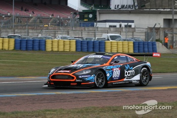 #009 Team Speed Car Aston Martin DBRS9: Serge Nauges, Thomas Nicole