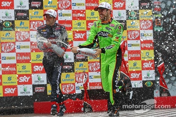 Podium: race winner James Hinchcliffe, Andretti Autosport Chevrolet, second place Takuma Sato, A.J. Foyt Enterprises Honda, third place Marco Andretti, Andretti Autosport Chevrolet