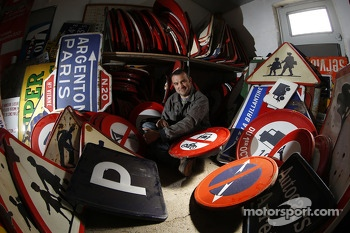 Fernando Costa is the artist in charge of designing the OAK Racing art car for Le Mans