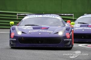 #72 SMP RACING FERRARI F458 ITALIA GT3: MAURIZIO MEDIANI, BORIS ROTENBERG, SERGUEY ZLOBIN