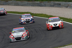 Mehdi Bennani, BMW E90 320 TC, Proteam Racing, Charles Ng, BMW E90 320 TC, Liqui Moly Team Engstler and Fernando Monje, SEAT Leon WTCC, Campo Racing