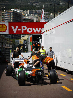 Sahara Force India F1 VJM06 unloaded in the pits