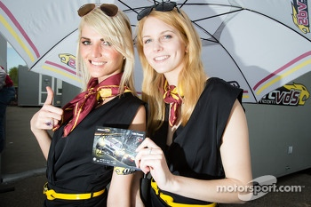 Marc VDS Racing girls