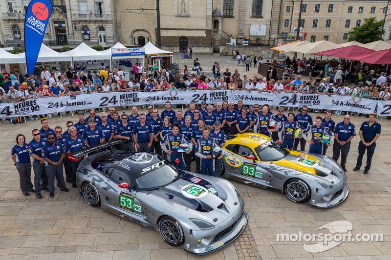 #53 SRT Motorsports Viper SRT GTS-R: Dominik Farnbacher, Marc Goossens, #93 SRT Motorsports Viper SRT GTS-R: Jonathan Bomarito, Tommy Kendall, Kuno Wittmer