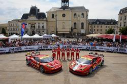 #55 AF Corse Ferrari F458 Italia: Piergiuseppe Perazzini, Darryl O'Young, Lorenzo Casé, #61 AF Corse Ferrari F458 Italia: Jack Gerber, Matt Griffin, Marco Cioci