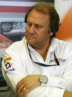 Robert Fernley, Sahara Force India F1 Team Deputy Team Principal at a TW Steel media call.