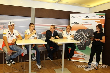 Adrian Sutil, Sahara Force India F1; Paul di Resta, Sahara Force India F1; Jordy Cobelens, CEO TW Steel; Robert Fernley, Sahara Force India F1 Team Deputy Team Principal; Lee McKenzie, BBC Television Reporter at a TW Steel media call.