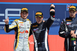 Podium: race winner Sam Bird, second place Stéphane Richelmi