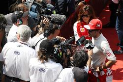 Fernando Alonso, Ferrari with Will Buxton, NBS Sports Network TV Presenter