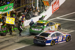 Pit stop for Kyle Busch, Joe Gibbs Racing Toyota and Dale Earnhardt Jr., Hendrick Motorsports Chevrolet