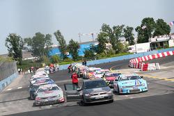 Sunday ELITE race start