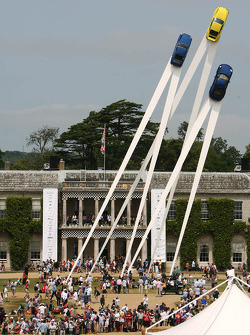 Porsche 911 display in front of Goodwood House