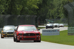 #51 Roush Performance Mustang Boss 302R GT: Joey Atterbury, Tim Bell
