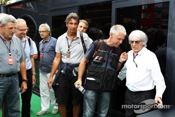 Bernie Ecclestone, CEO Formula One Group, with Danny Reinhard, Photographer