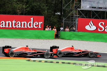 Max Chilton, Marussia F1 Team MR02 and team mate Jules Bianchi, Marussia F1 Team MR02 battle for position