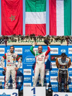 Race 2 Podium: 1st place Gabriele Tarquini, 2nd place Mehdi Bennani, 3rd place Norbert Michelisz