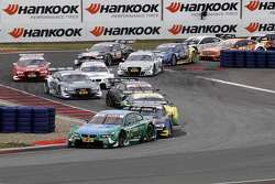 Start of the Race, Augusto Farfus, BMW Team RBM BMW M3 DTM leads