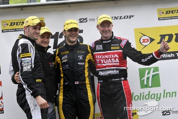 Round 23 Podium; 1st Rob Austin, 2nd Gordon Shedden, 3rd Colin Turkington, JST Winner Lea Wood