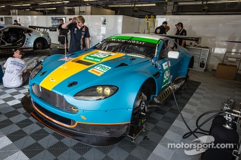 #99 Aston Martin Racing Aston Martin Vantage V8 with a new livery