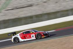 BES: #16 Phoenix Racing, Audi R8 LMS ultra: Enzo Ide, Anthony Kumpen, Markus Winkelhock
