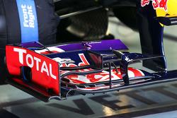 Sebastian Vettel, Red Bull Racing RB9 front wing detail