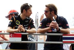 (L to R): Romain Grosjean, Lotus F1 Team and Jean-Eric Vergne, Scuderia Toro Rosso on the drivers parade