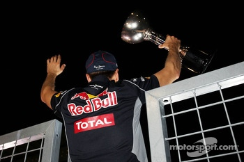 Race winner Sebastian Vettel, Red Bull Racing celebrates with the crowd after the race