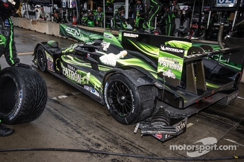 Damage on the #02 Extreme Speed Motorsports HPD ARX-03b HPD: Ed Brown, Johannes van Overbeek, Rob Bell