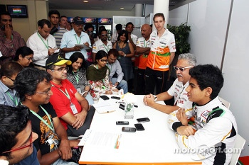 (L to R): Dr. Vijay Mallya, Sahara Force India F1 Team Owner and Jehan Daruvala, Sahara Force India Academy Driver, winner of the British KF3 Karting Championship, with the media