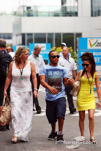 Nicolas Hamilton, brother of Lewis Hamilton, Mercedes AMG F1 with  stepmum Linda Hamilton, (Left)