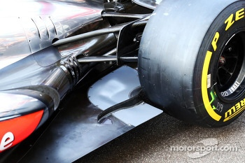 McLaren MP4-28 rear floor detail