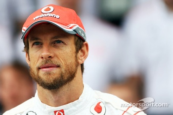 Jenson Button, McLaren at a team photograph