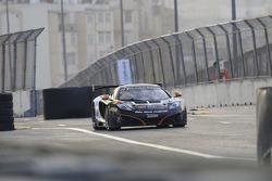 #22 Boutsen Ginion McLaren MP4-12C: Frederic Vervisch, Stoffel Vandoorne