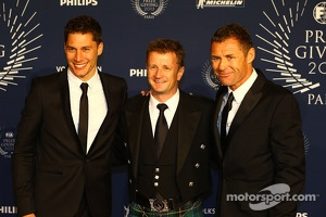 (L to R): Loic Duval, with Allan McNish, and Tom Kristensen, Audi Motorsport