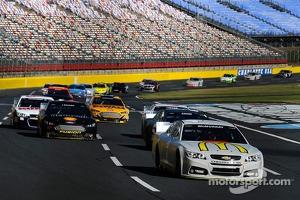 NASCAR-CUP tests at Charlotte Motor Speedway