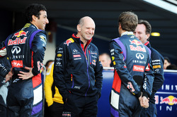 (L to R): Daniel Ricciardo, Red Bull Racing with Adrian Newey, Red Bull Racing Chief Technical Officer, Sebastian Vettel, Red Bull Racing, and Christian Horner, Red Bull Racing Team Principal at the unveiling of the Red Bull Racing RB10