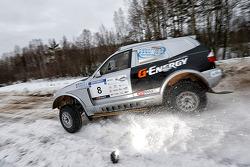 Ruslan Misikov and Vitaly Yevtyekhov, BMW X3