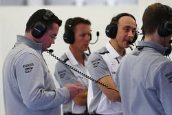 (L to R): Eric Boullier, McLaren Racing Director with Sam Michael, McLaren Sporting Director and Phil Prew, McLaren Race Engineer