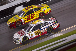 Dale Earnhardt Jr., Hendrick Motorsports Chevrolet and Joey Logano, Team Penske Ford