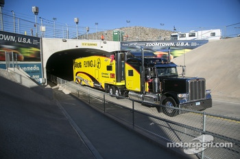 Hauler of Michael Annett