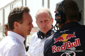(L to R): Christian Horner, Red Bull Racing Team Principal with Dr Helmut Marko, Red Bull Motorsport Consultant and Jonathan Wheatley, Red Bull Racing Team Manager