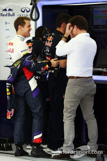 (L to R): Sebastian Vettel, Red Bull Racing with Christian Horner, Red Bull Racing Team Principal