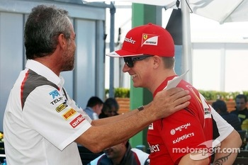 Beat Zehnder, Sauber F1 Team Manager with Kimi Raikkonen, Ferrari