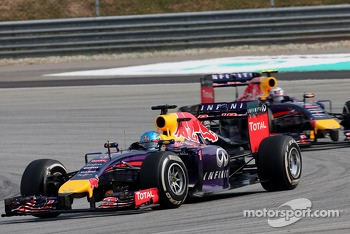 Sebastian Vettel (GER), Red Bull Racing and Daniel Ricciardo (AUS), Red Bull Racing  30