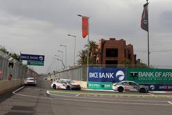 Jose Maria Lopez, Citroën C-Elysee WTCC, Citroën Total WTCC leads Sébastien Loeb, Citroën C-Elysee WTCC, Citroën Total WTCC