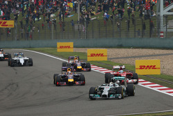 Lewis Hamilton, Mercedes AMG F1 W05 leads at the start of the race