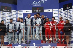 LM GTE AM podium: winners Kristian Poulsen, David Heinemeier Hansson, Nicki Thiim, second place Paul Dalla Lana, Pedro Lamy, Christoffer Nygaard, third place Michele Rugolo, Sam Bird, Steve Wyatt