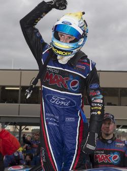 Race winner Mark Winterbottom, FPR Ford